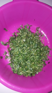 Fresh washed fenugreek leaves